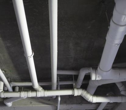 給排水管からの雨漏り
