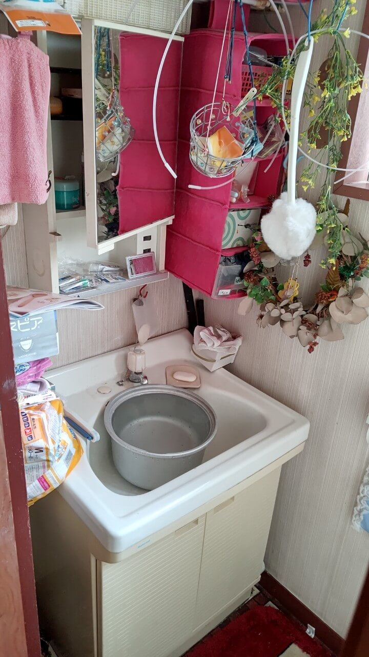 洗面台交換施工前