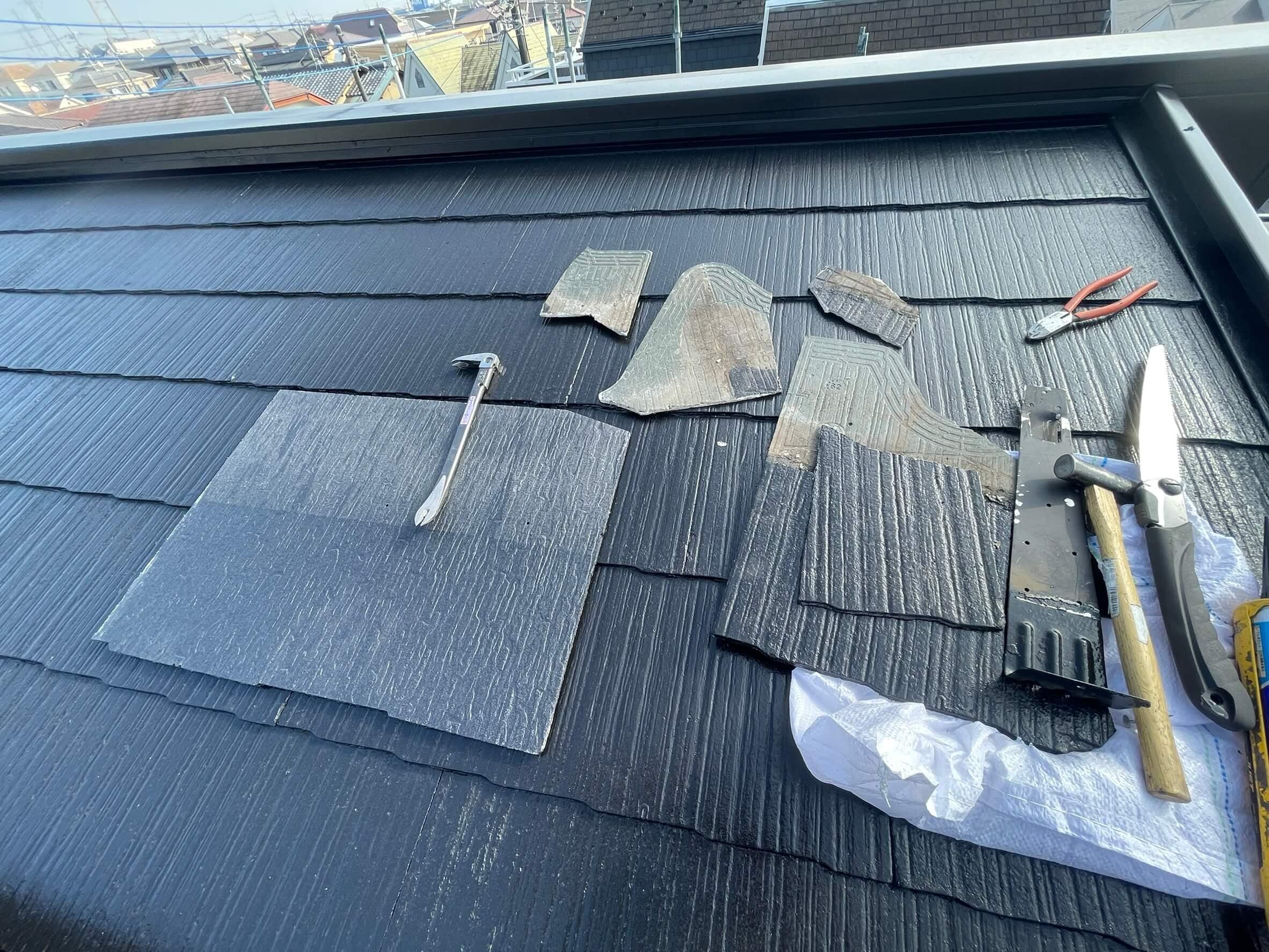 スレート屋根の差し替え中